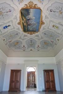 ROM 4 P Hall